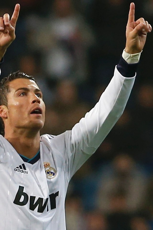 Cristiano Ronaldo 2014 Iphone Wallpaper Ronaldo iphone Cristiano 640x960