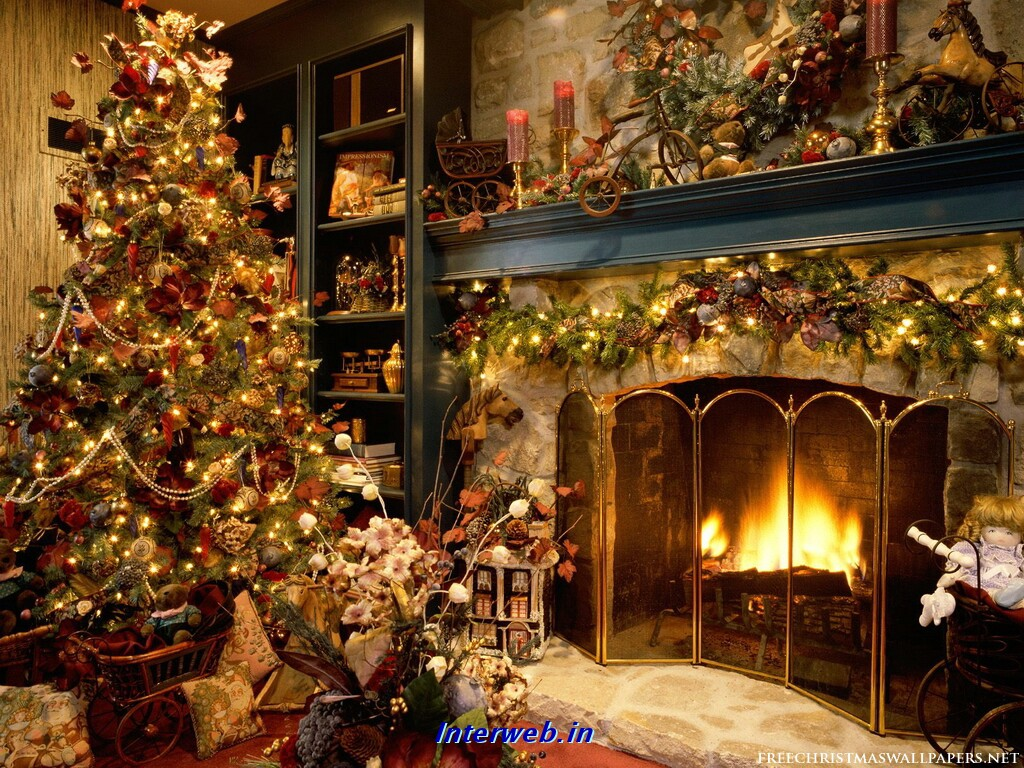 animated christmas wallpaper christmas tree fireplace wallpaper 1024x768