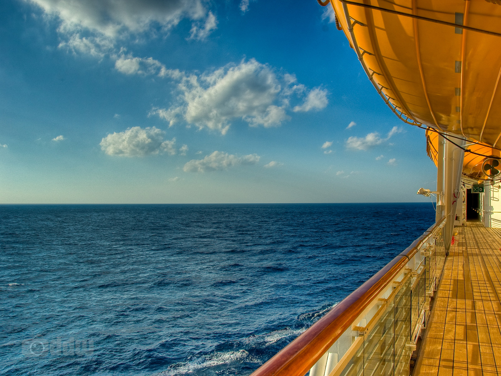 Disney Cruise Deck Desktop Wallpaper 1600 x 1200 1600x1200