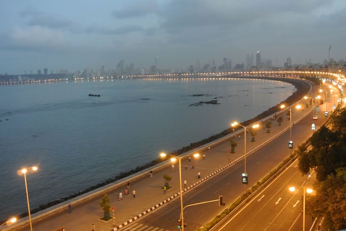 Road View Marine Drive Mumbai Wallpaper 28329   Baltana 1120x750