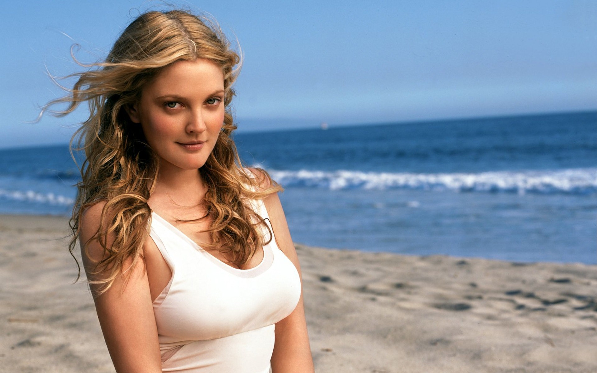 Drew Barrymore Wallpapers Download HD Beautiful Actress 1920x1200
