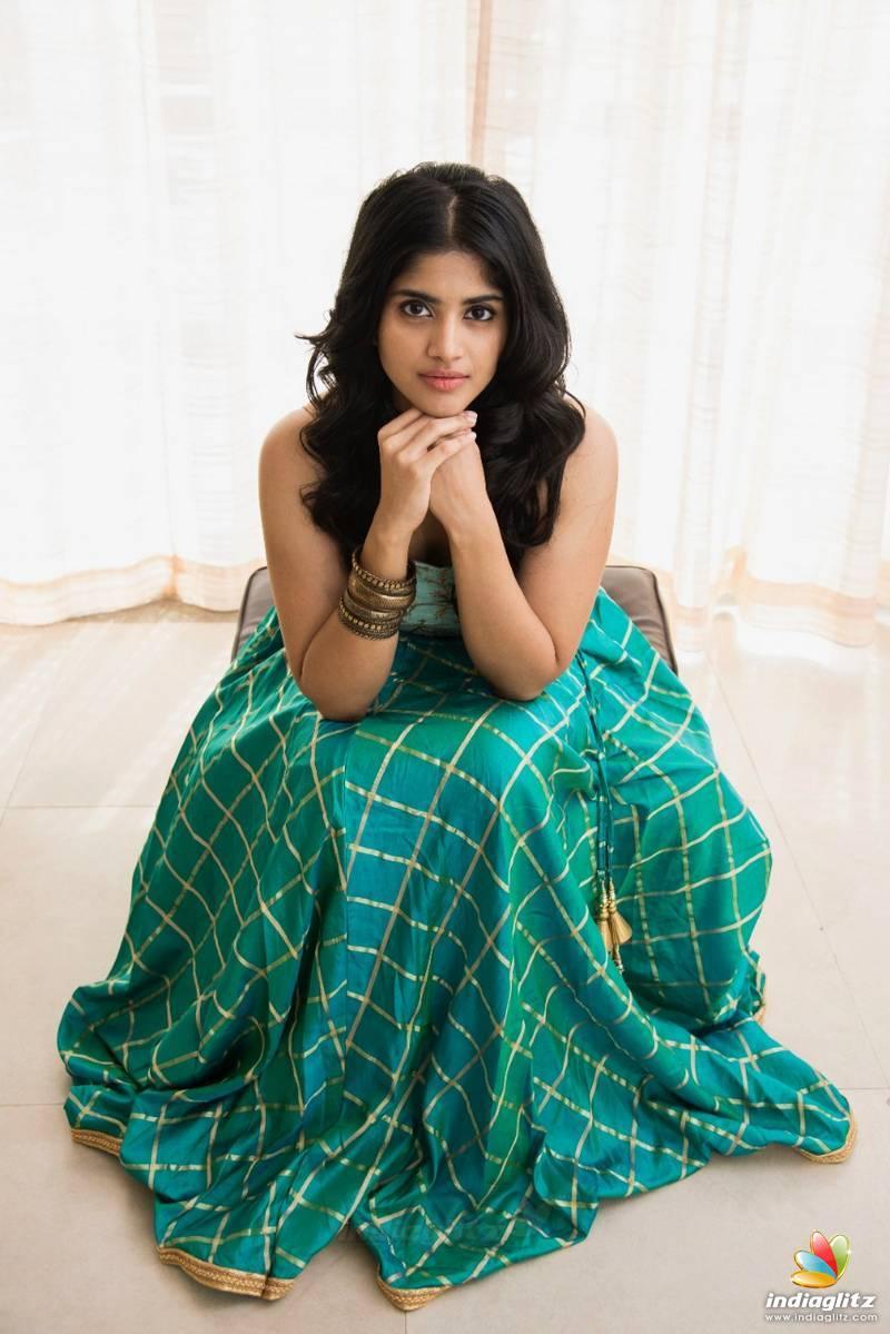 Megha Akash Photos   Tamil Actress photos images gallery stills 800x1199