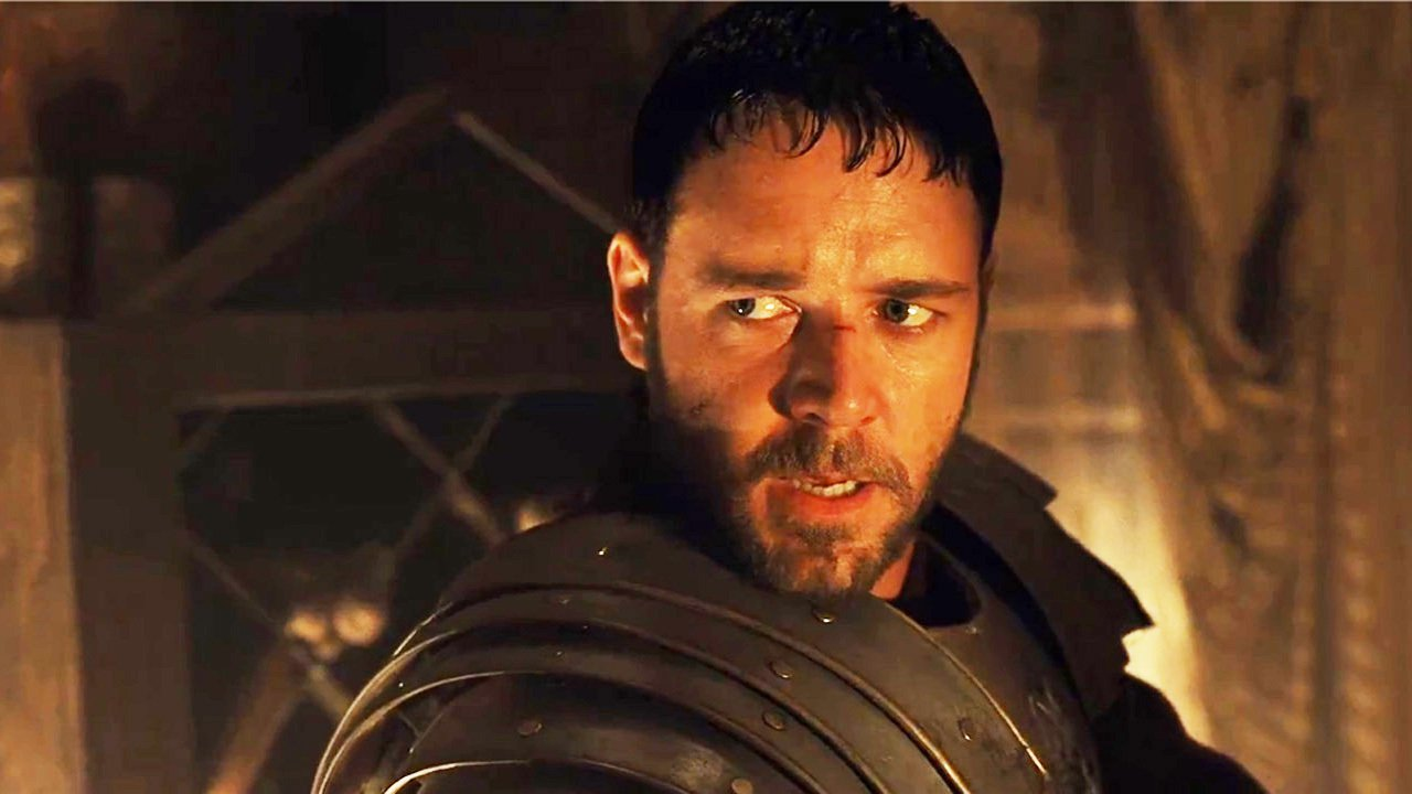 a brief summary and an analysis of the movie gladiator and the character maximus This week: gladiator russell crowe channelled pure manliness for two and a half hours as maximus, the gladiator of seemed a bit too fey for crowe's character.
