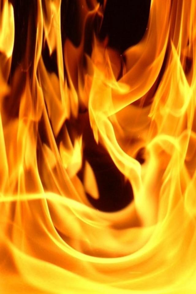 fire iPhone wallpaper 640x960