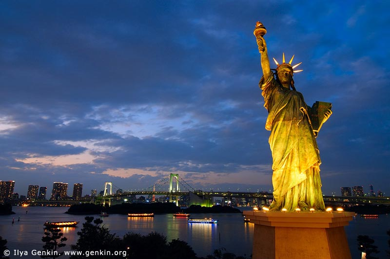 Free Download Statue Of Liberty At Night Minimalist Design 4 On Building Simple Home 800x532 For Your Desktop Mobile Tablet Explore 44 911 Wallpaper Statue Of Liberty Statue Of