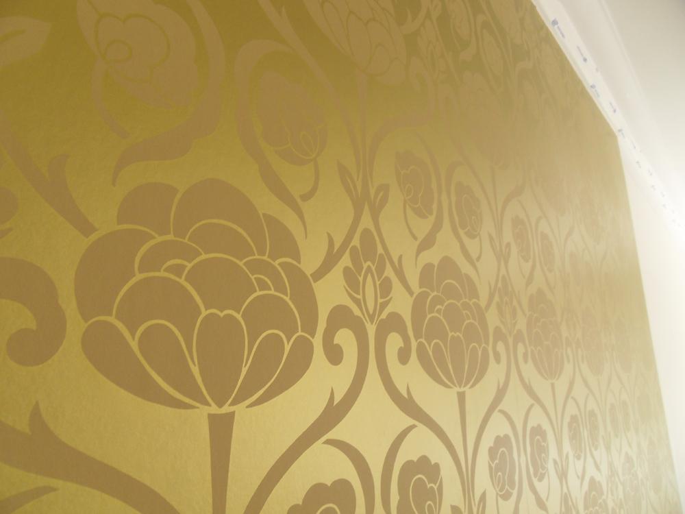 Gold Wallpaper Metallic gold wallpaper