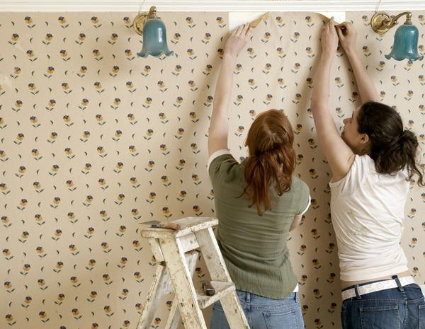 How to Remove Wallpaper Glue Residue the Vinegar worked much better 600x465