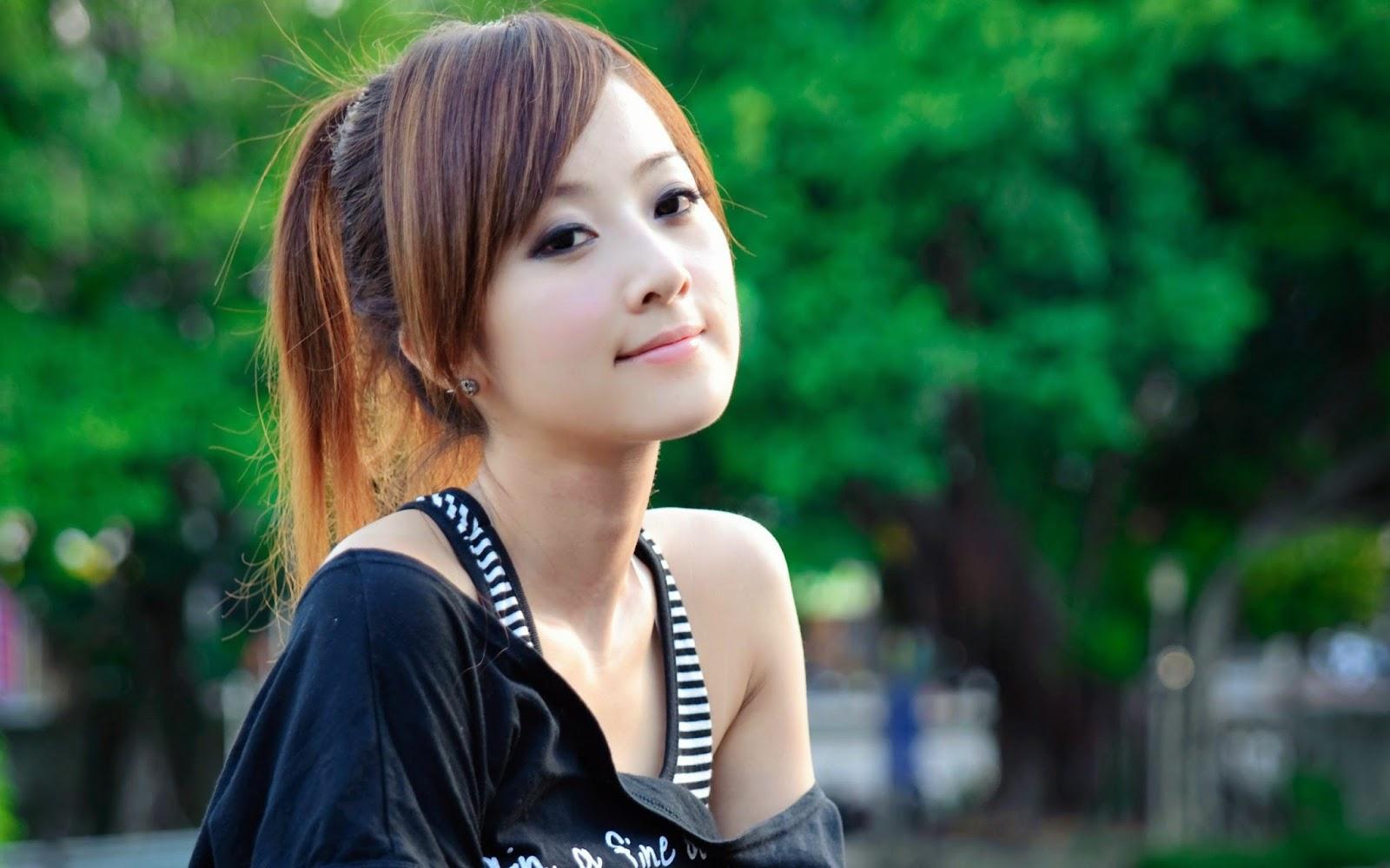 60 Cute and Beautiful Girls Wallpapers HD Widescreen 1600x1000