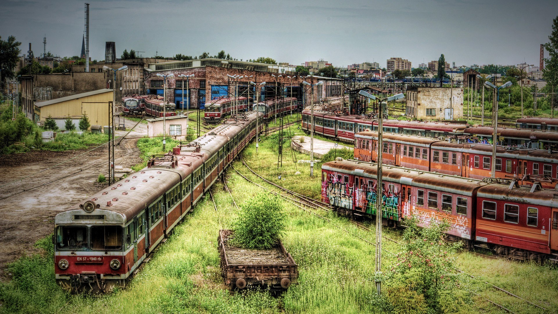 Cemetery of old trains wallpapers and images   wallpapers pictures 1920x1080