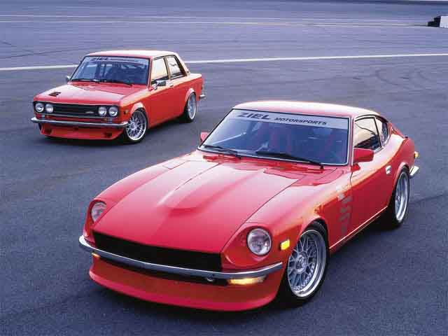 1972 Datsun 240 Z in front and 1973 Datsun 510 in the 640x480