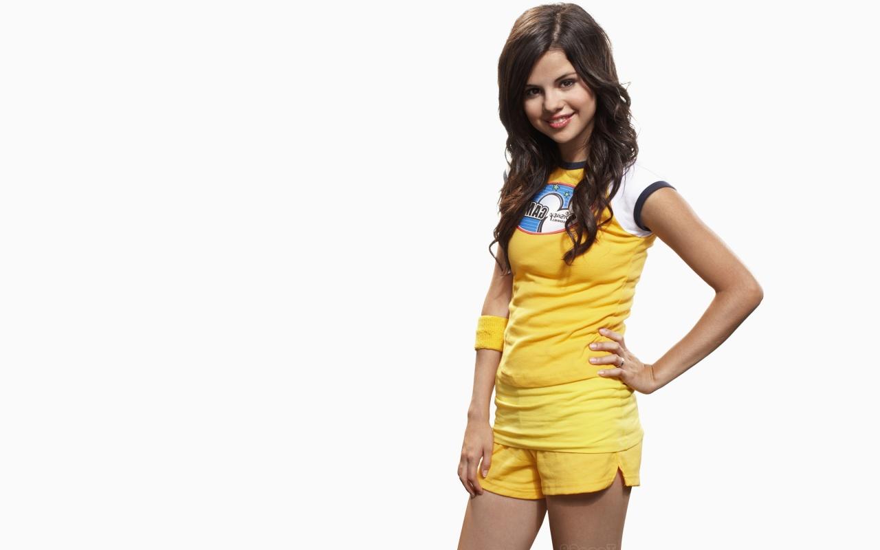 Gomez Selena Gomez wikiSelena Gomez picturesSelena Gomez wallpapers 1280x800