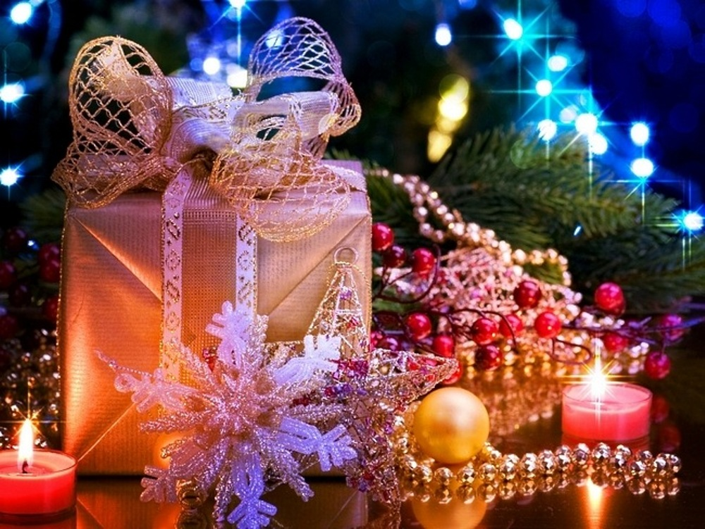 Beautiful hd christmas wallpaper wallpapersafari wallpaper hd wallpapers wallpaper for your desktop smartphone tablet 1000x751 voltagebd Image collections