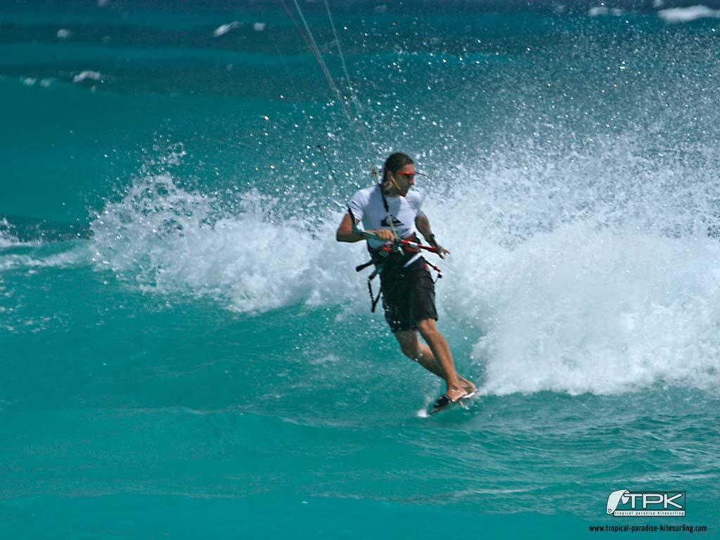 kitesurfing wallpaper thierrydehove Tropical Paradise Kitesurfing 1024x768
