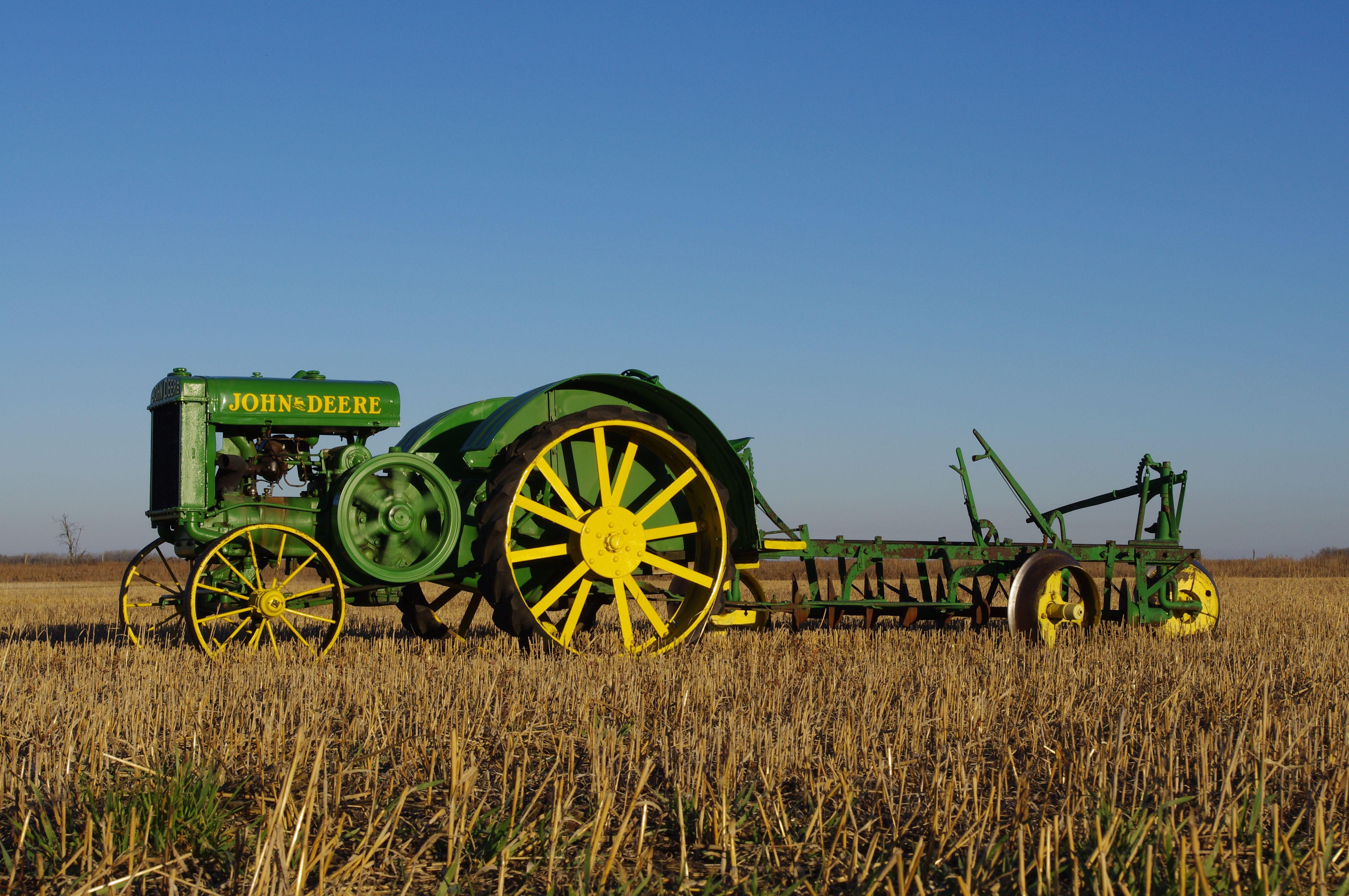 Pin on John Deere Tractors 4288x2848