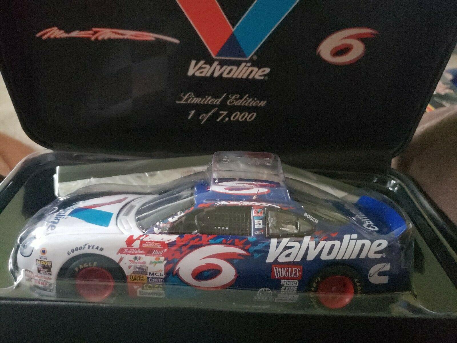 Racing Champions Authentics Mark Martin 6 Valvoline 1 24 Diecast 1600x1200