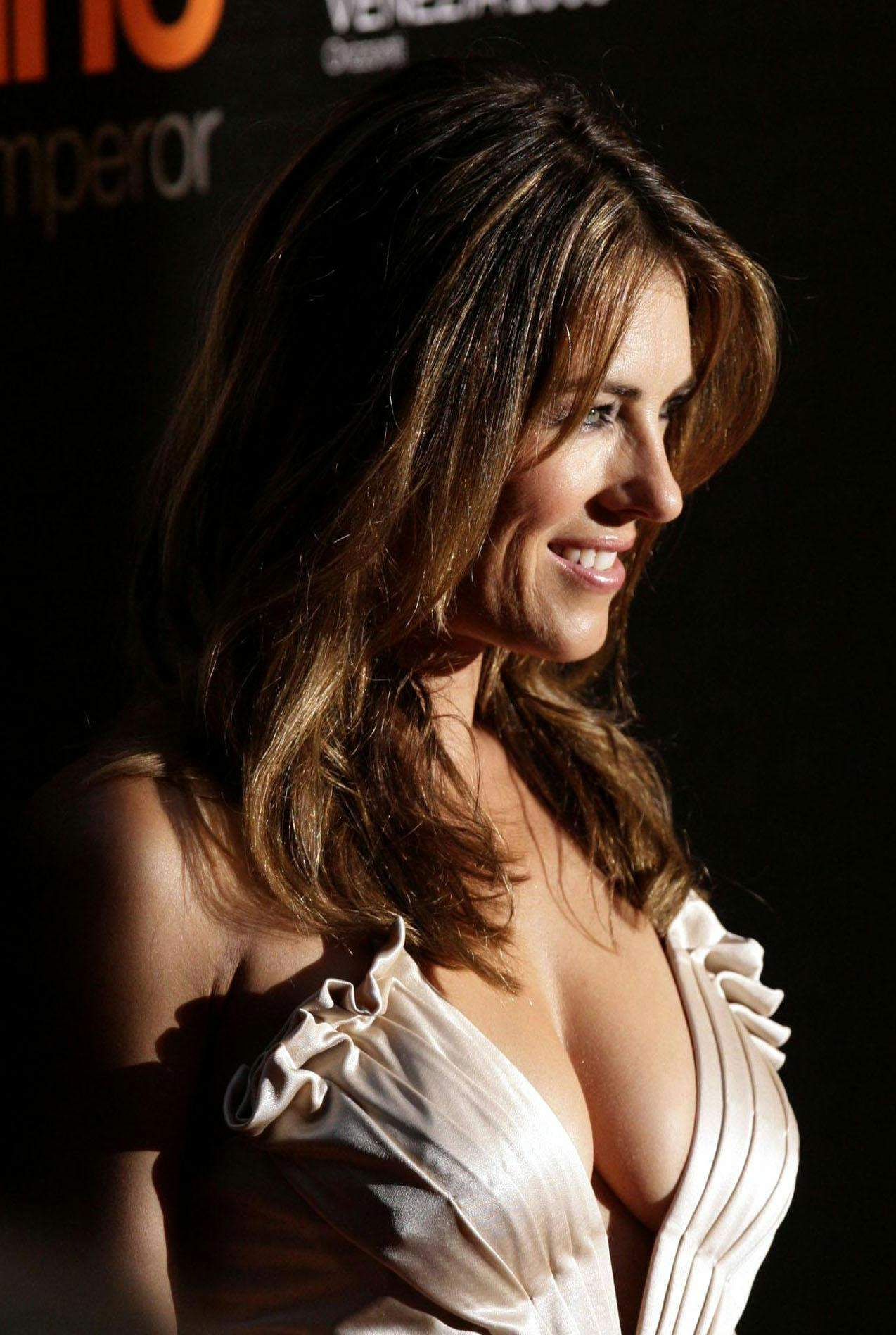 Fashion Elizabeth Hurley wallpapers 7867 1274x1896