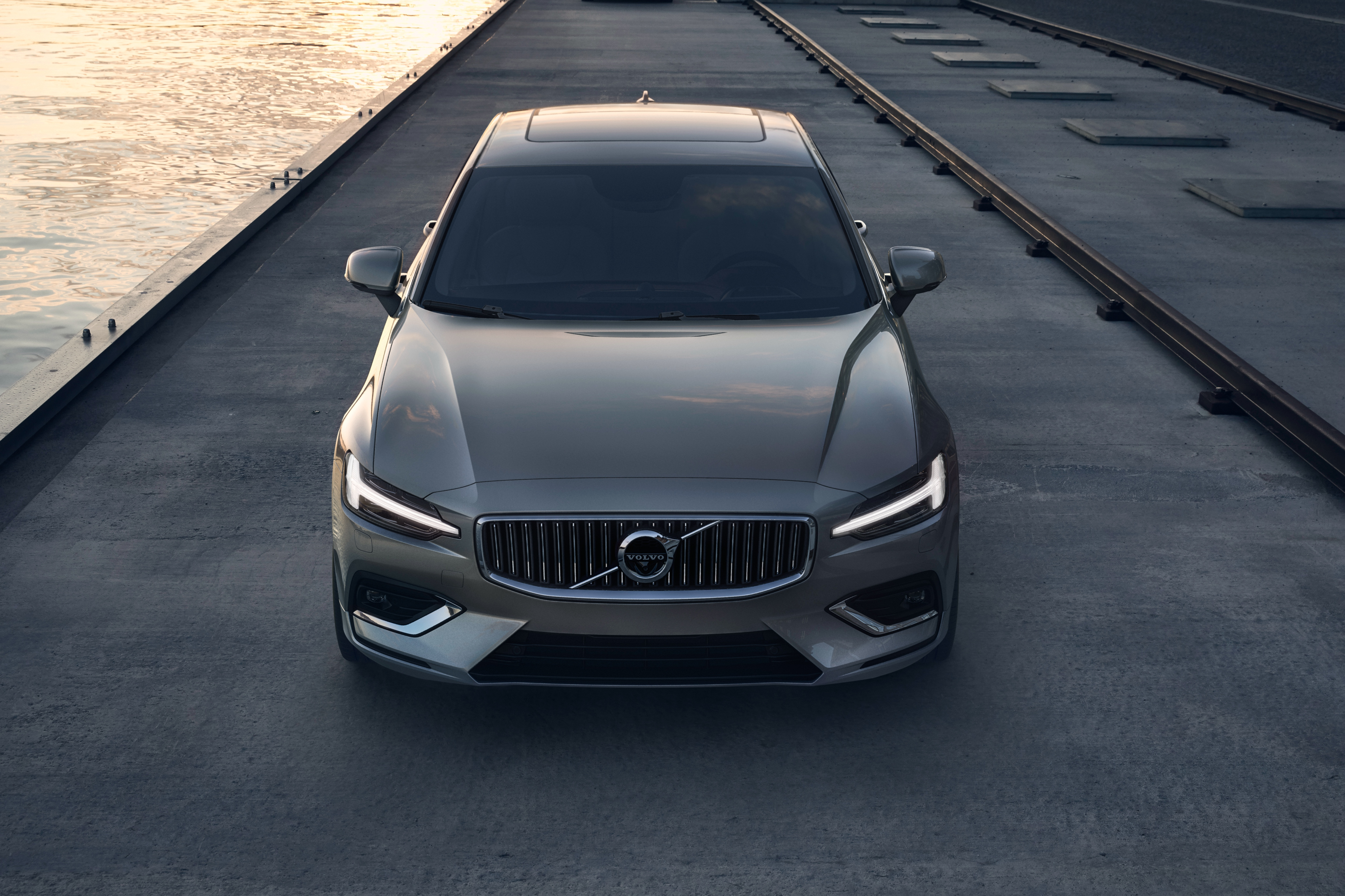 120678 2019 Volvo S60 T6 Inscription 4K Luxury sports sedan 4096x2730