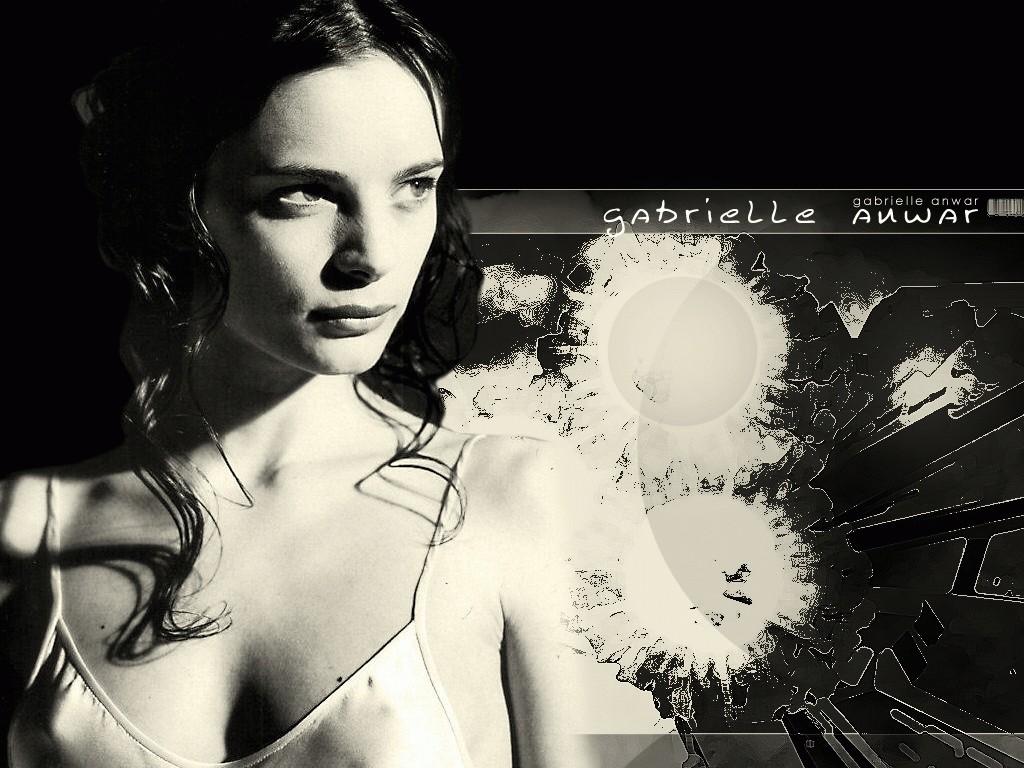 Gabrielle Anwar Wallpaper Resolution1024x768 26views Image Size 1024x768