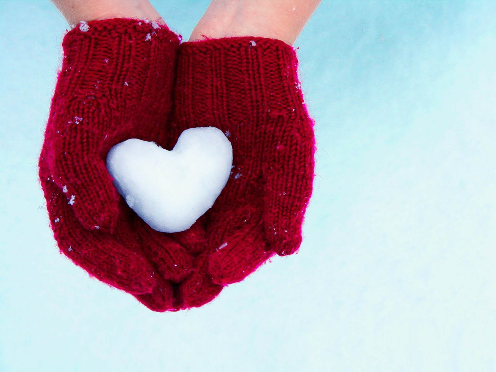 Love Hands Wallpapers Backgrounds Paos Images and Pictures for 1600x1200