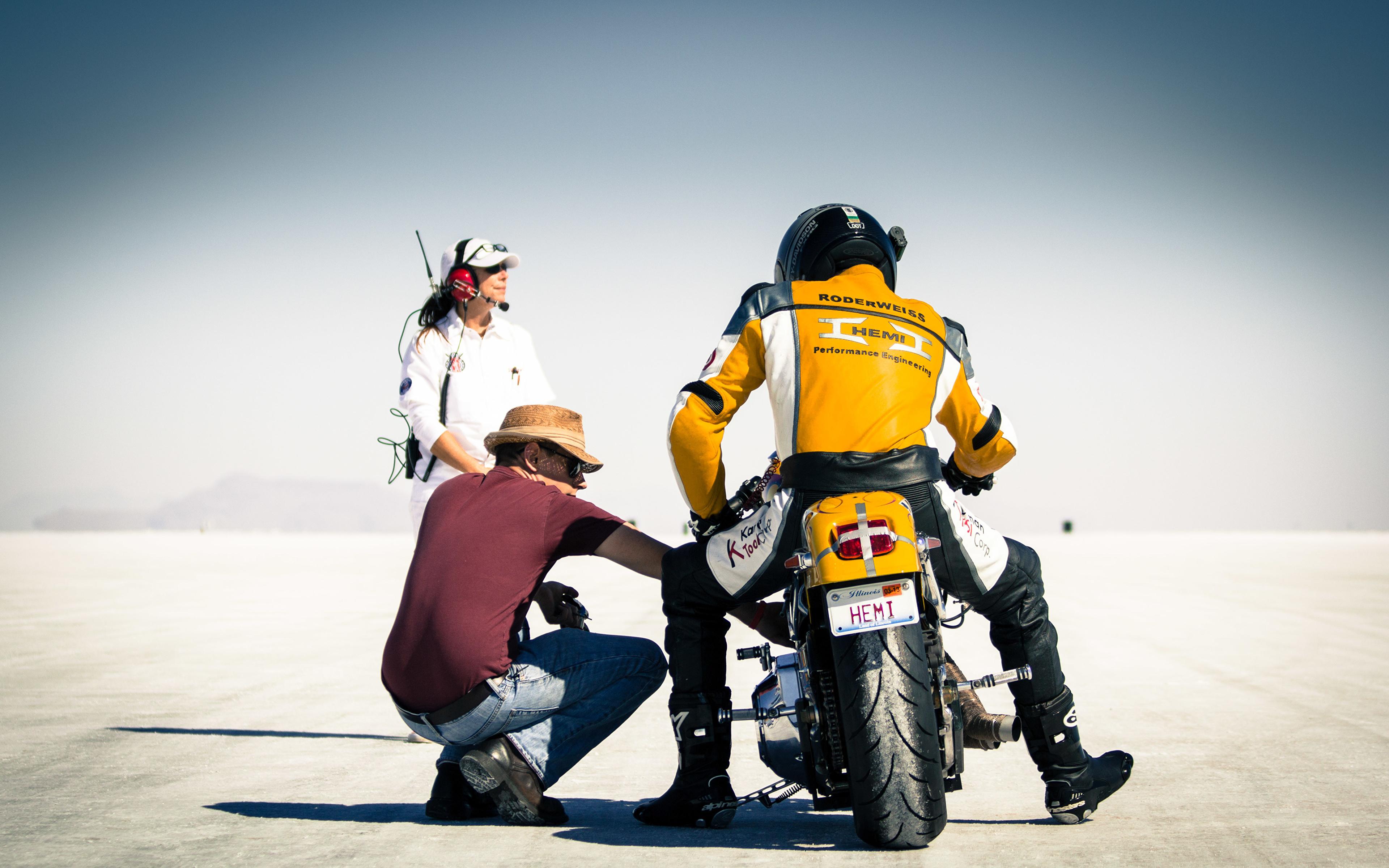 Images USA bonneville salt flats utah race mountain desert 3840x2400 3840x2400