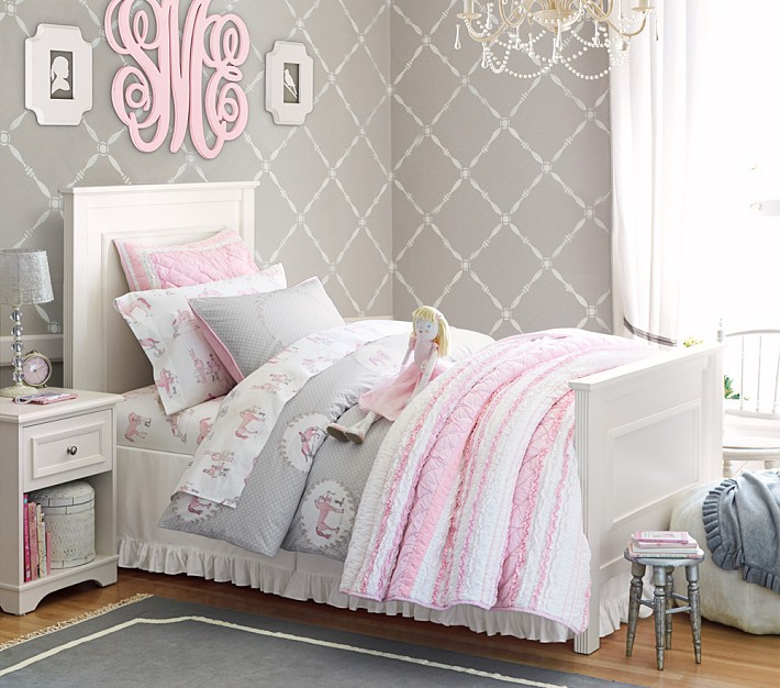 This is such a nice calm girls room with the gray wallpaper Would 710x626