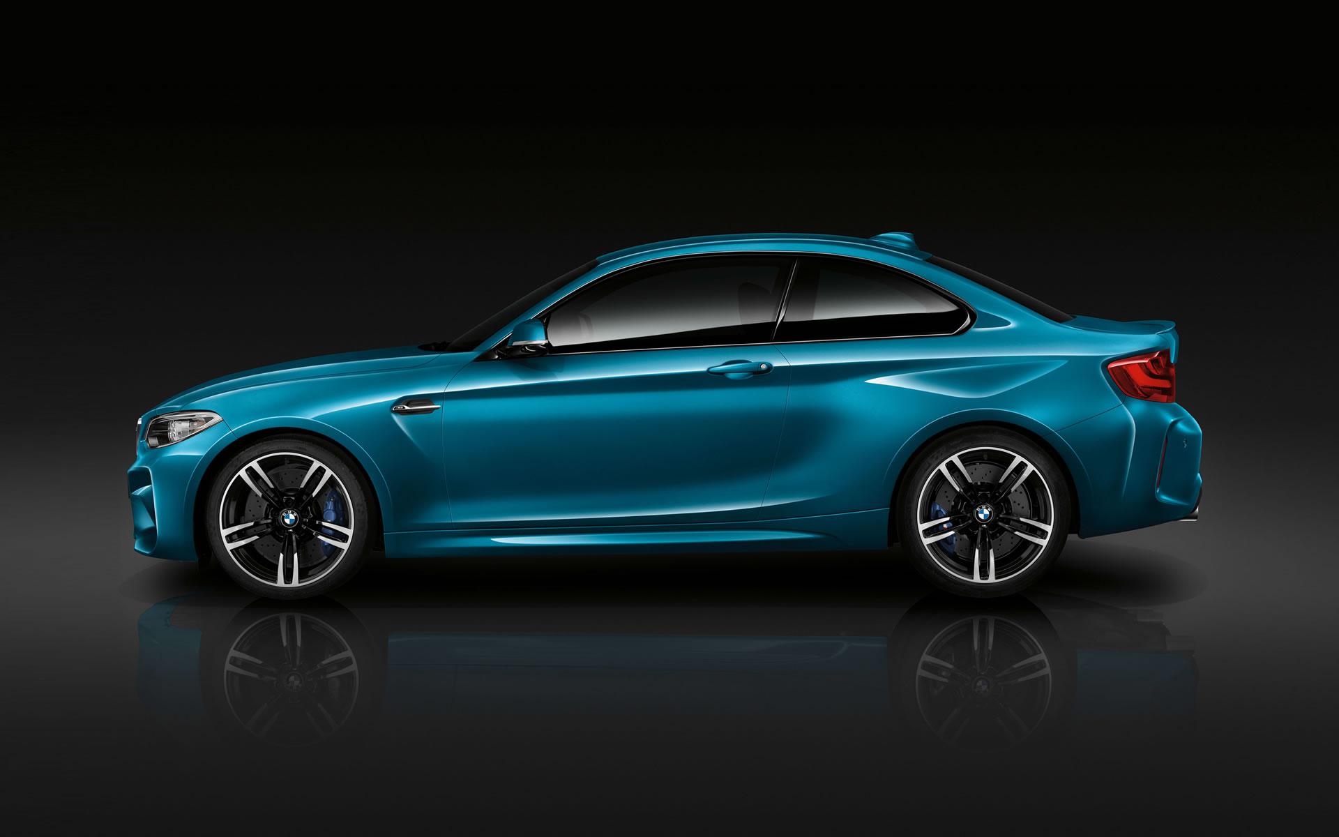 2016 BMW M2 Coupe Wallpaper   1920 x 1200 Long Beach Blue color side 1920x1200