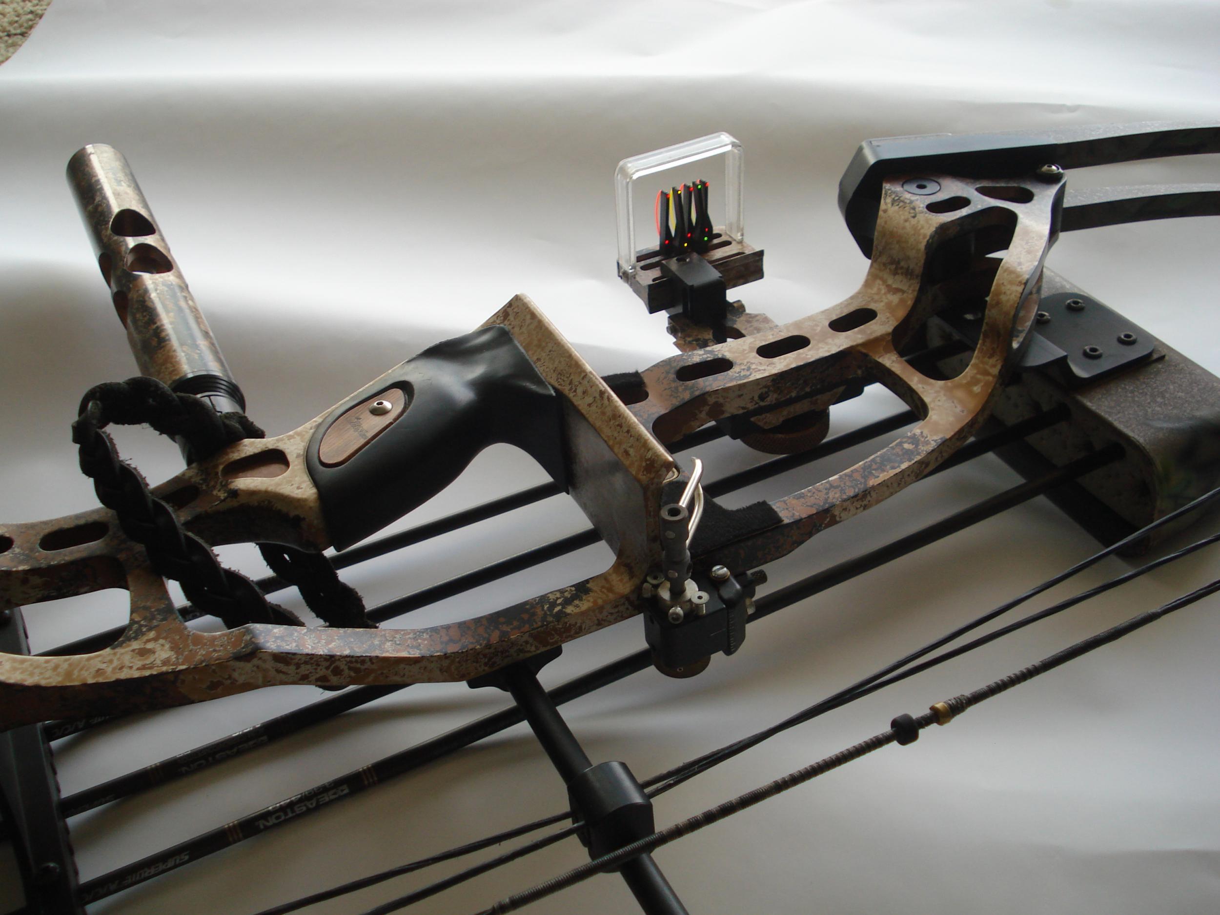 Hoyt Archery Wallpaper Archery bow wallpaper 2500x1875