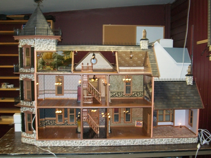 Dollhouses and Miniatures Dollhouses for Sale Earth Tree 720x540