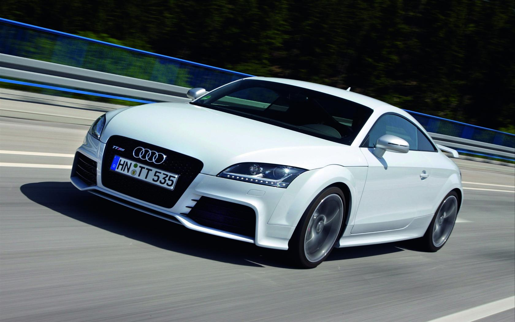 Audi TT RS Wallpapers HD Download 1680x1050