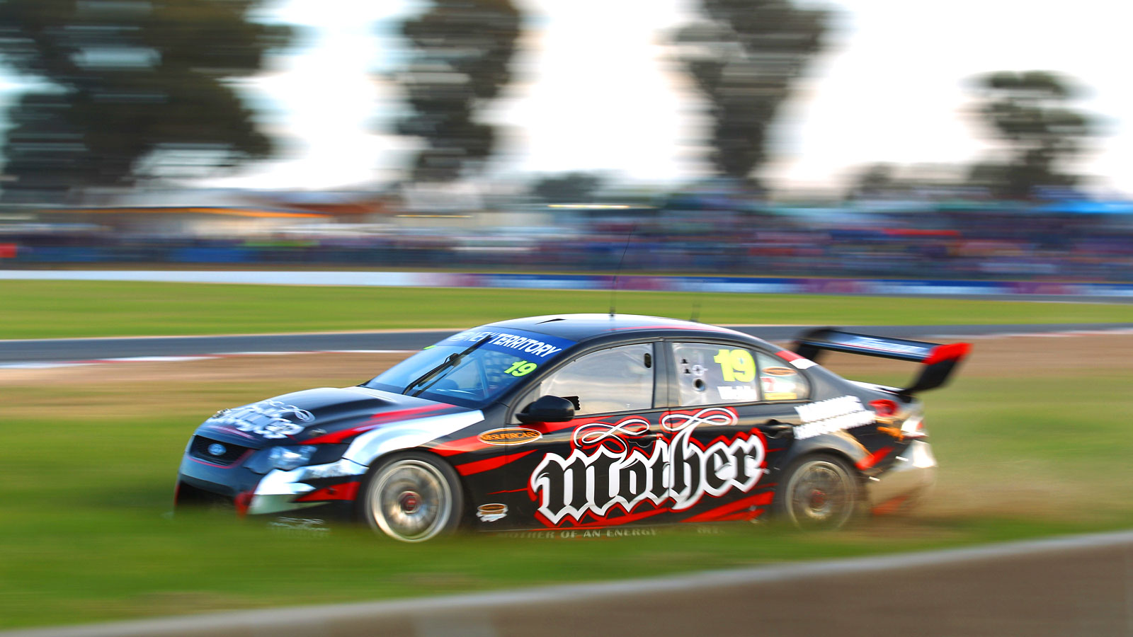 Sports   V8 Supercars V8 Supercar Wallpaper 1600x900