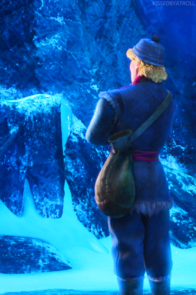 Frozen phone wallpaper   Frozen Photo 38972269 640x960