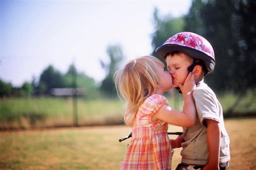 Couple First Kiss HD 1080p Wallpapers HD Wallpapers Window Top Rated 1024x679
