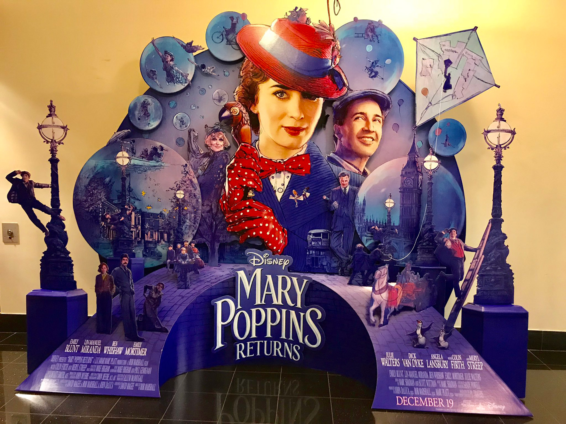 52 Mary Poppins Returns 2018 Wallpapers On Wallpapersafari