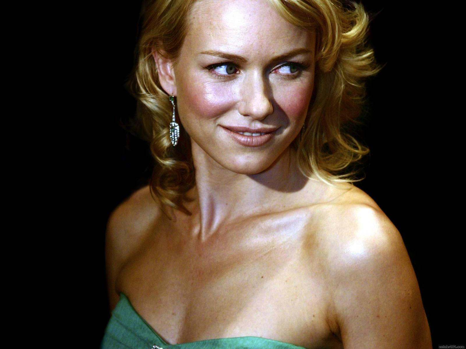 Naomi Watts   Naomi Watts Wallpaper 4733421 1600x1200