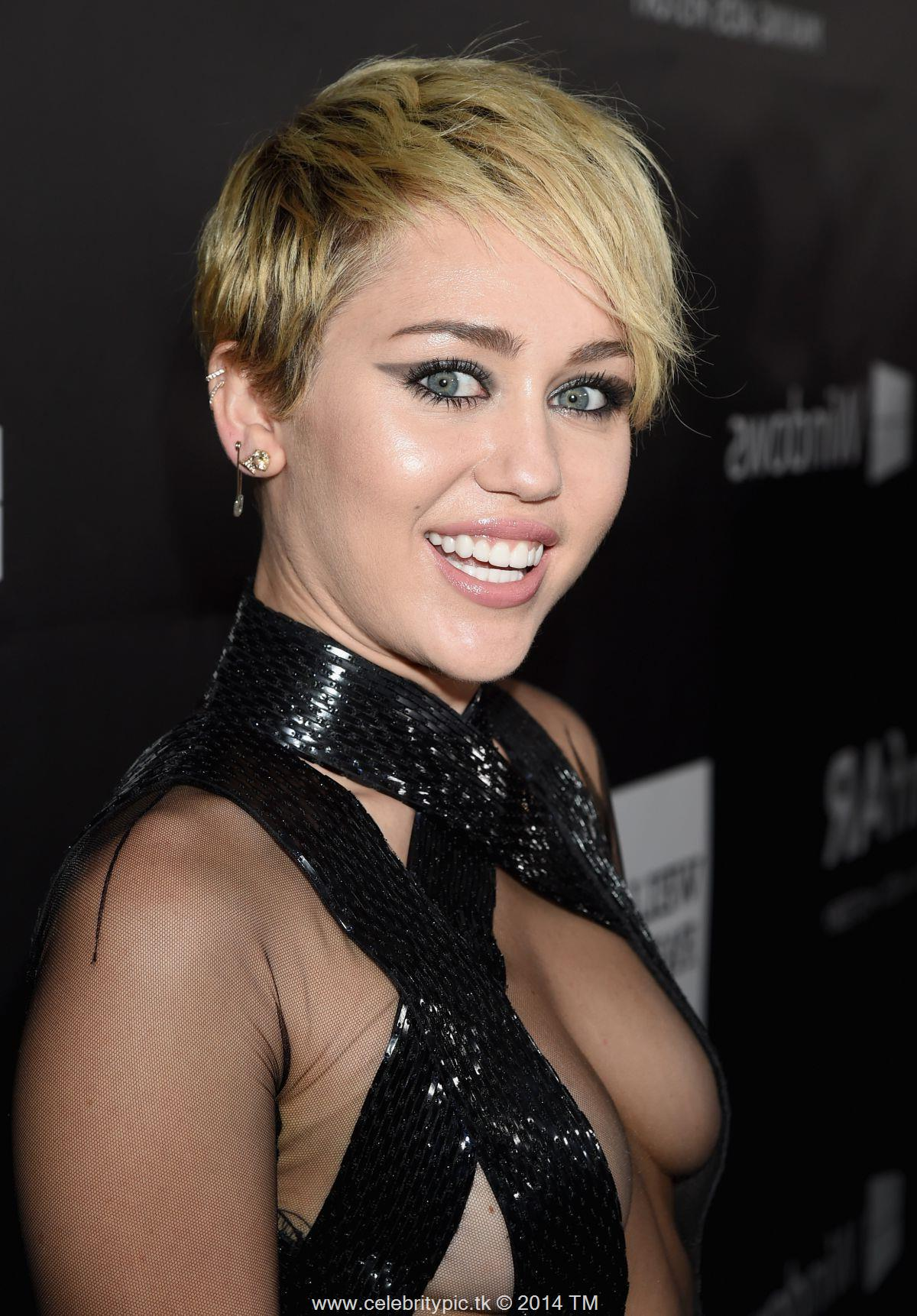 Related Pictures miley cyrus belly button piercing miley cyrus and 1200x1722