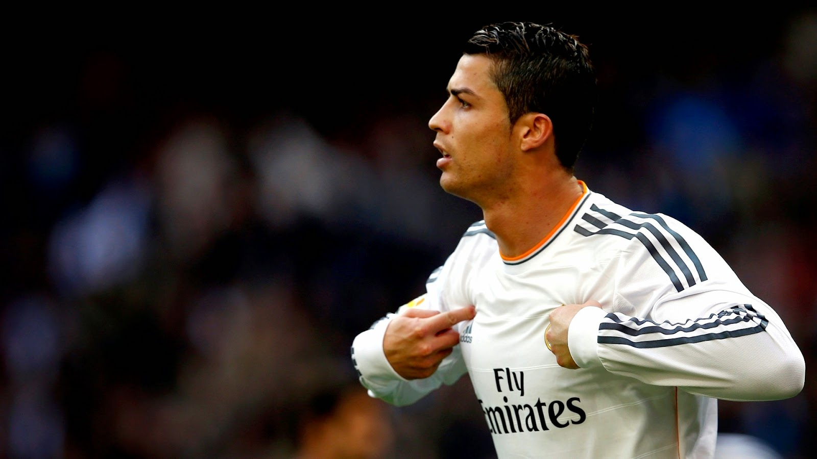 CR7 Wallpapers 1600x900