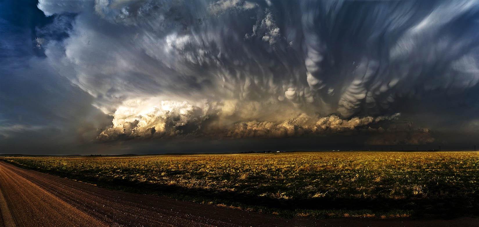 Widescreen Storm Chance Barkett here on 1650x781