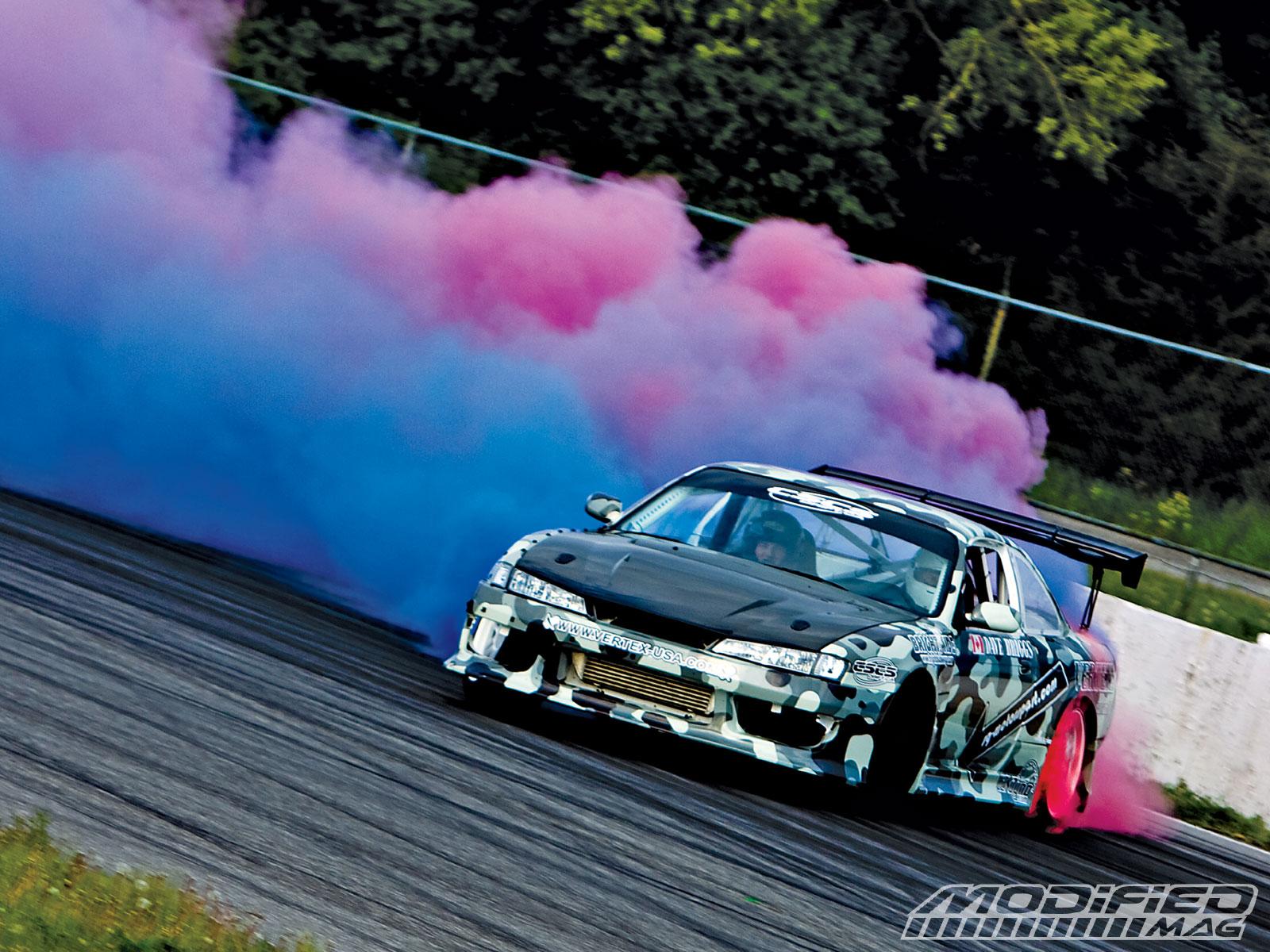 drifting 1600x1200