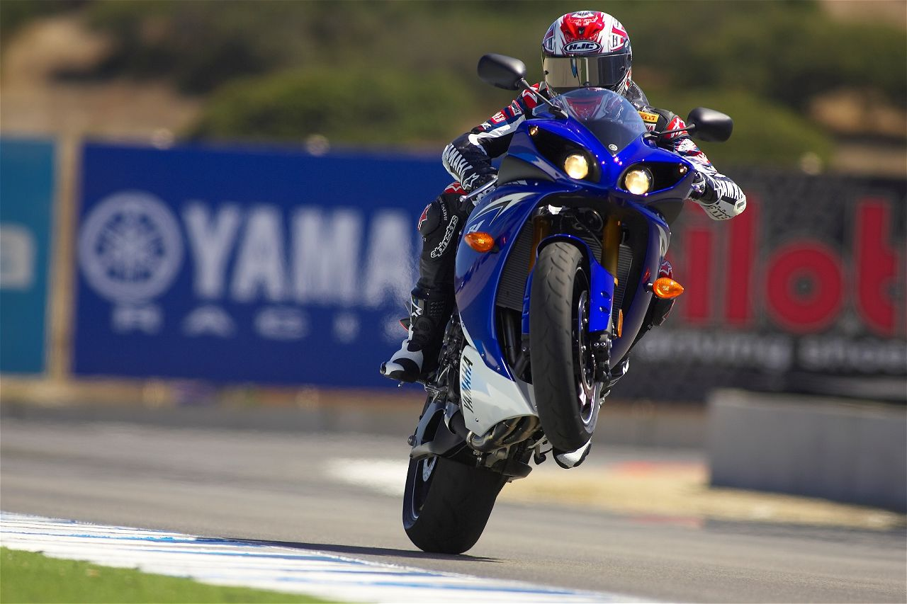 Top Motorcycle Wallpapers 2010 Yamaha YZF R1 Official Pictures 1280x853