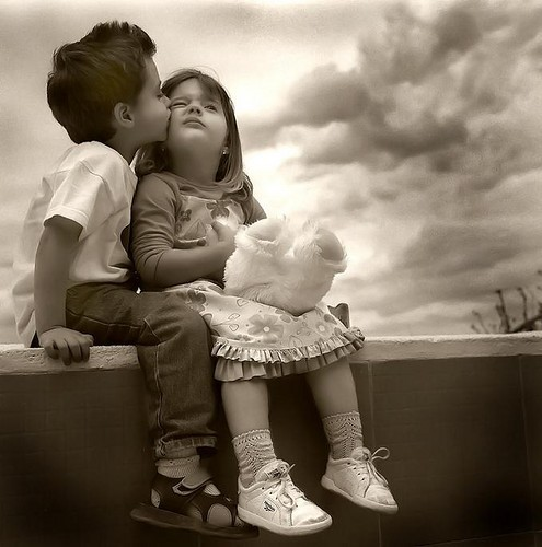 cute hugs and kisses wallpapers 2013 cute hugs and kisses wallpapers 495x500