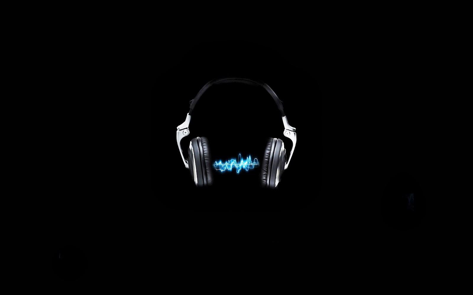 Electronic Base Headphones Desktop Wallpapers and Backgrounds 1600x1000