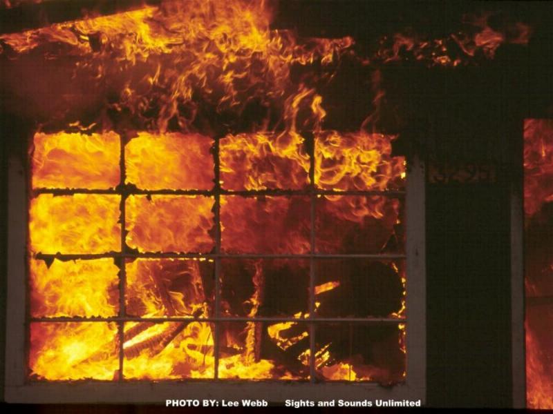 Firefighter Wallpaper   theFireFlyercom 800x600
