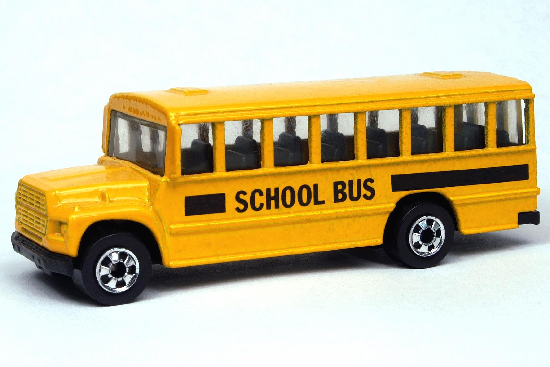 School Bus   3030cf2 2325x1550