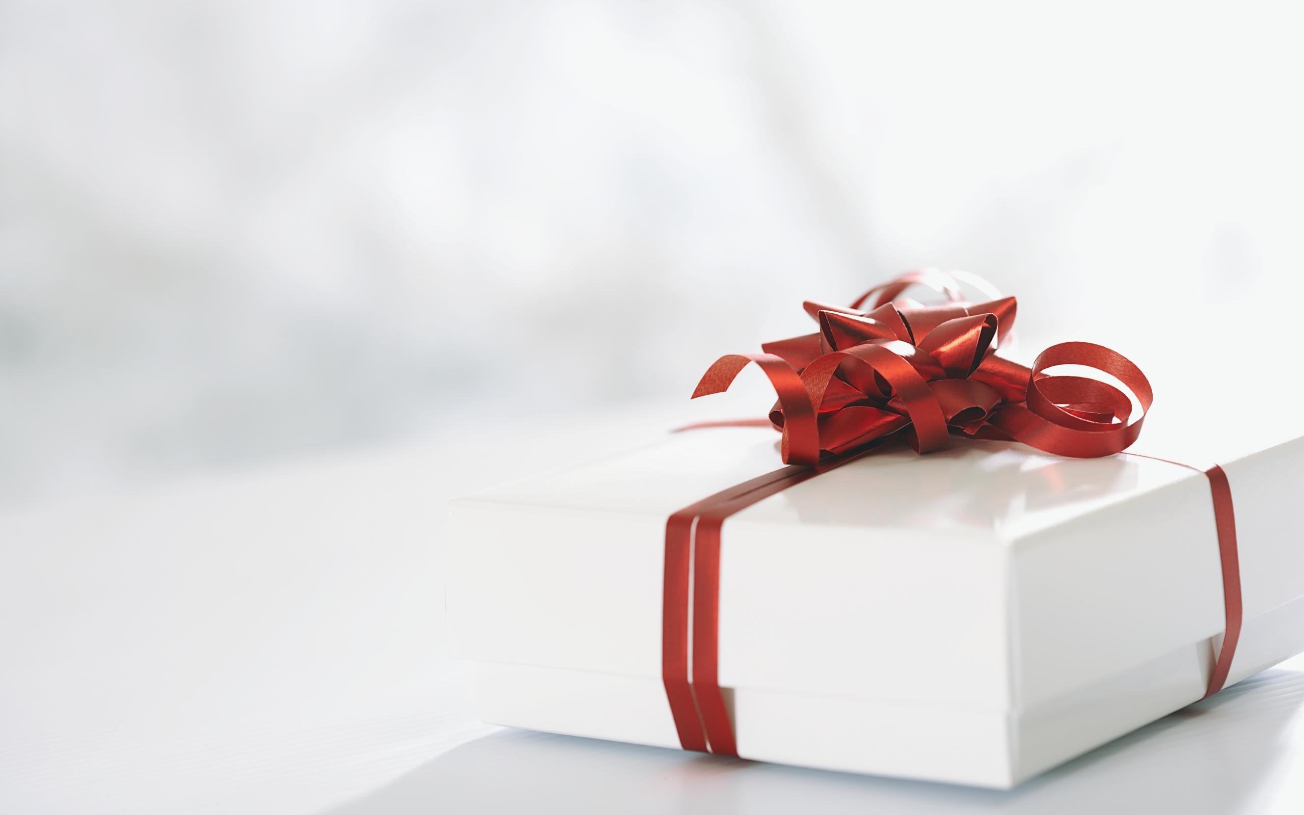 Categories Christmas Tags christmas gift 2560x1600