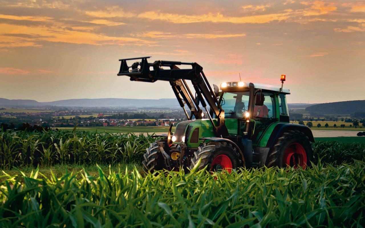 download Farm Tractor Wallpaper screenshot [1280x800] for 1280x800