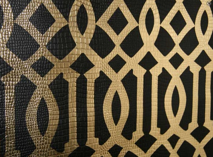 imperial trellis patternthere is an awful lot going on here 697x516