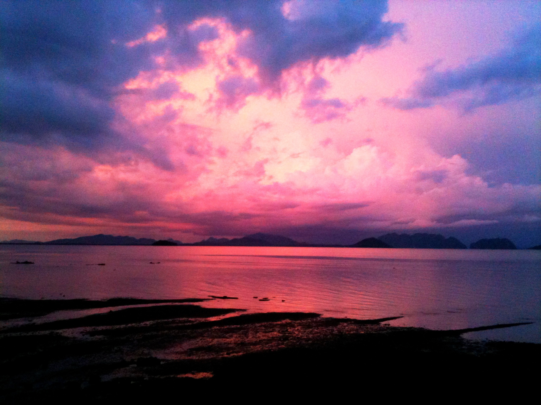 This pink sunset was actually on the islands east coast making it 2048x1536