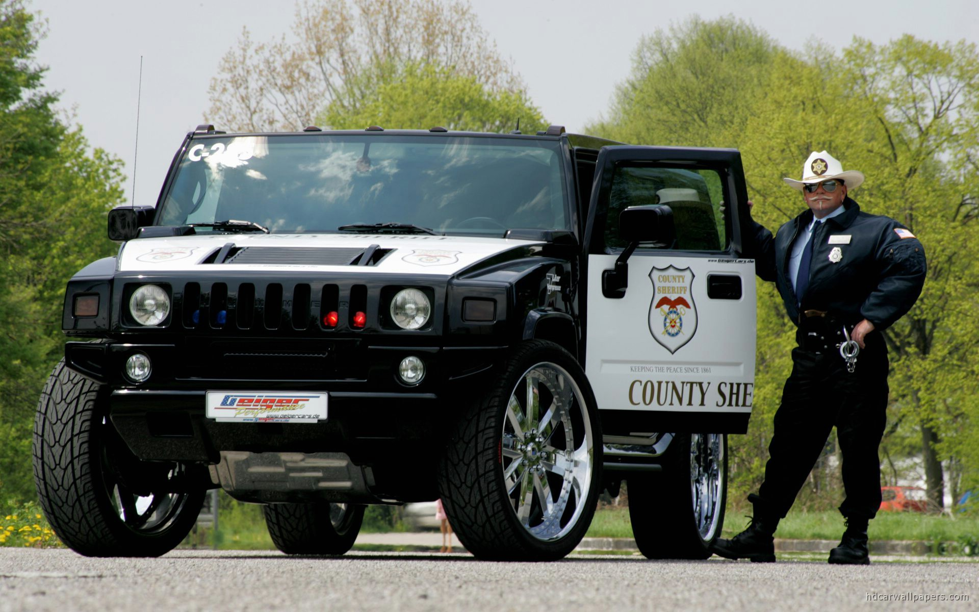 Hummer Police Car Wallpaper HD Car Wallpapers 1920x1200