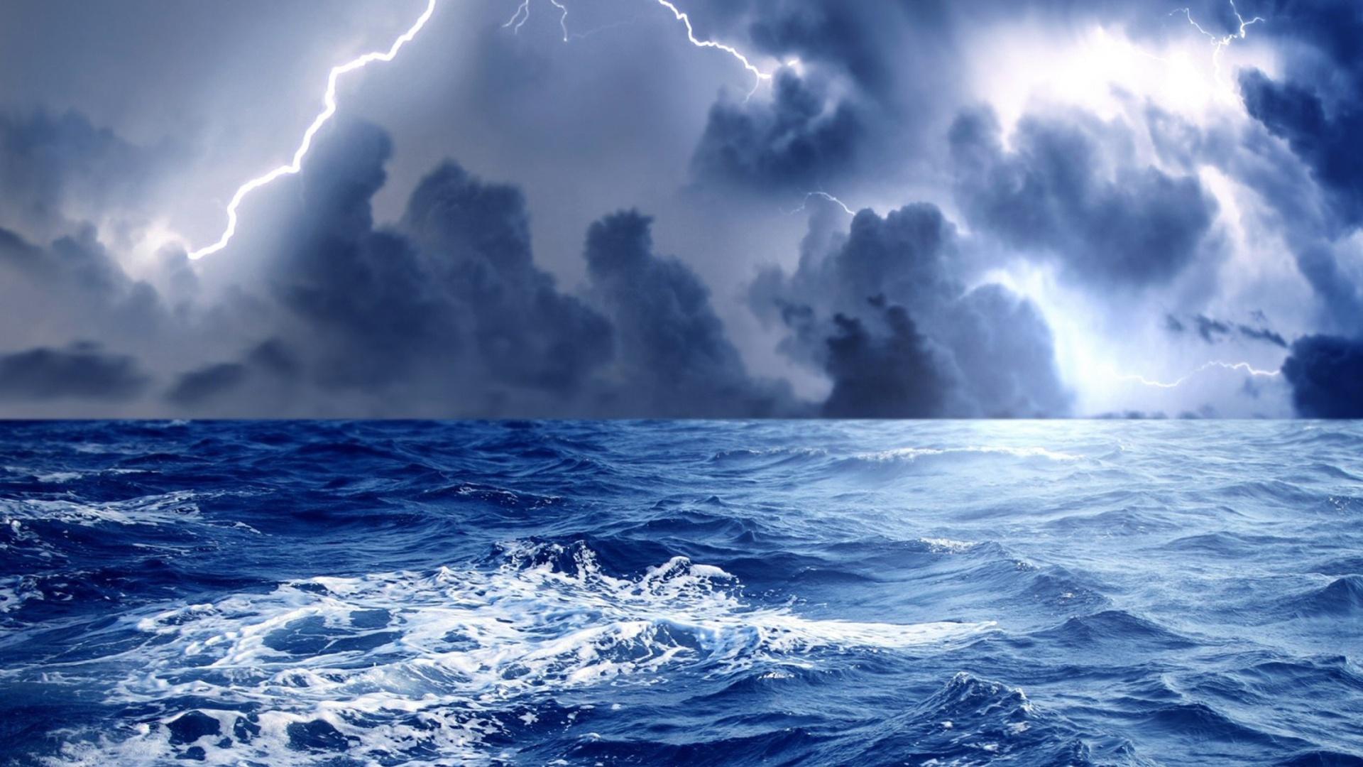 Storm Lightning 1920x1080 Screensaver wallpaper 1920x1080
