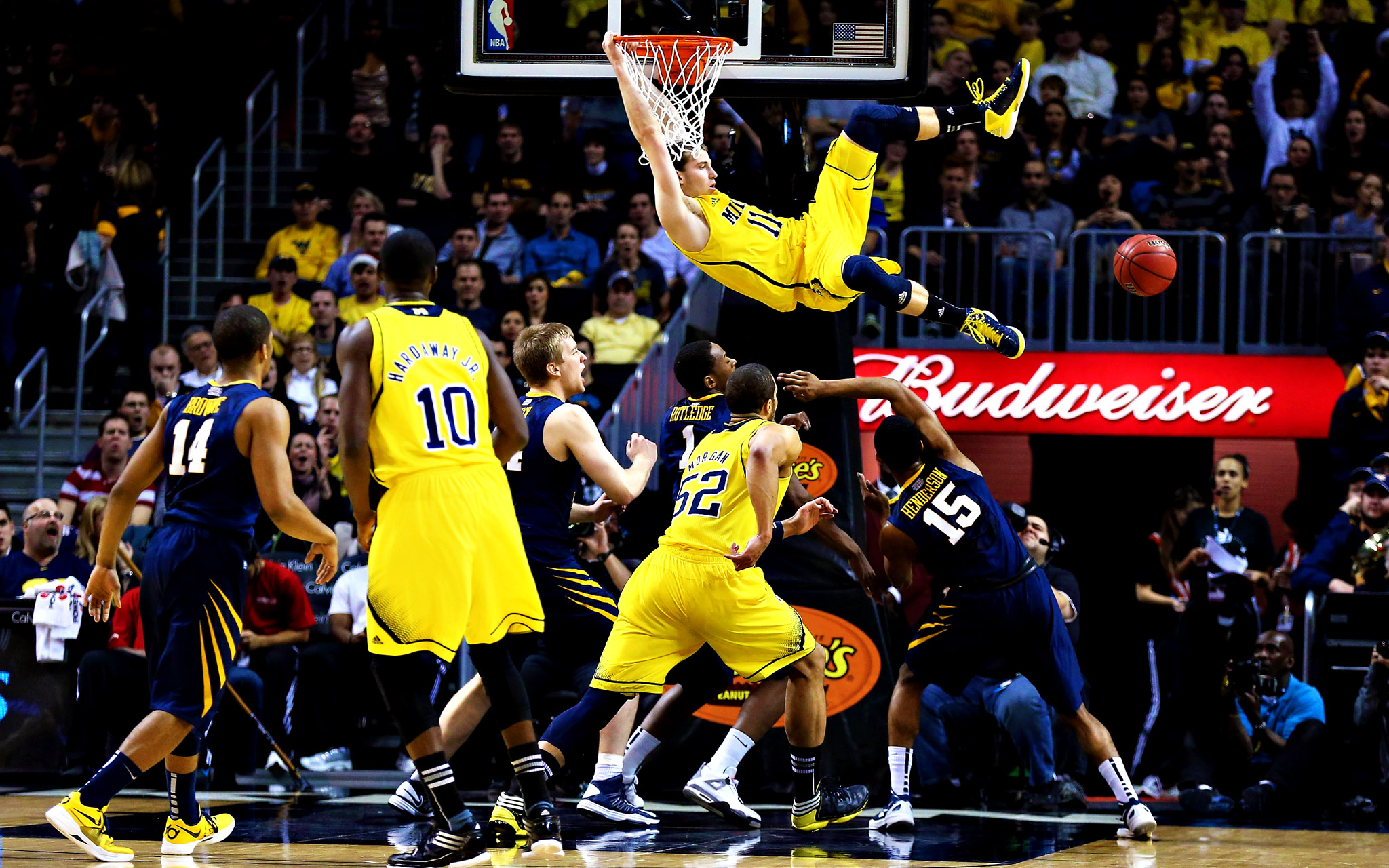 Free Download Michigan Wolverines Basketball Wallpaper